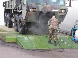 Armada Militar- Limpieza de equipos Militares- Limpieza de alta presion - lavado Industrial - lavado extremo